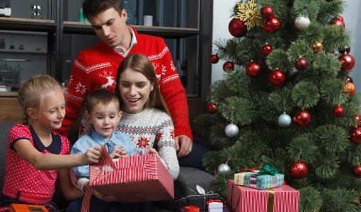 サンタのプレゼントはいつ渡す?ベストなのはこの日!